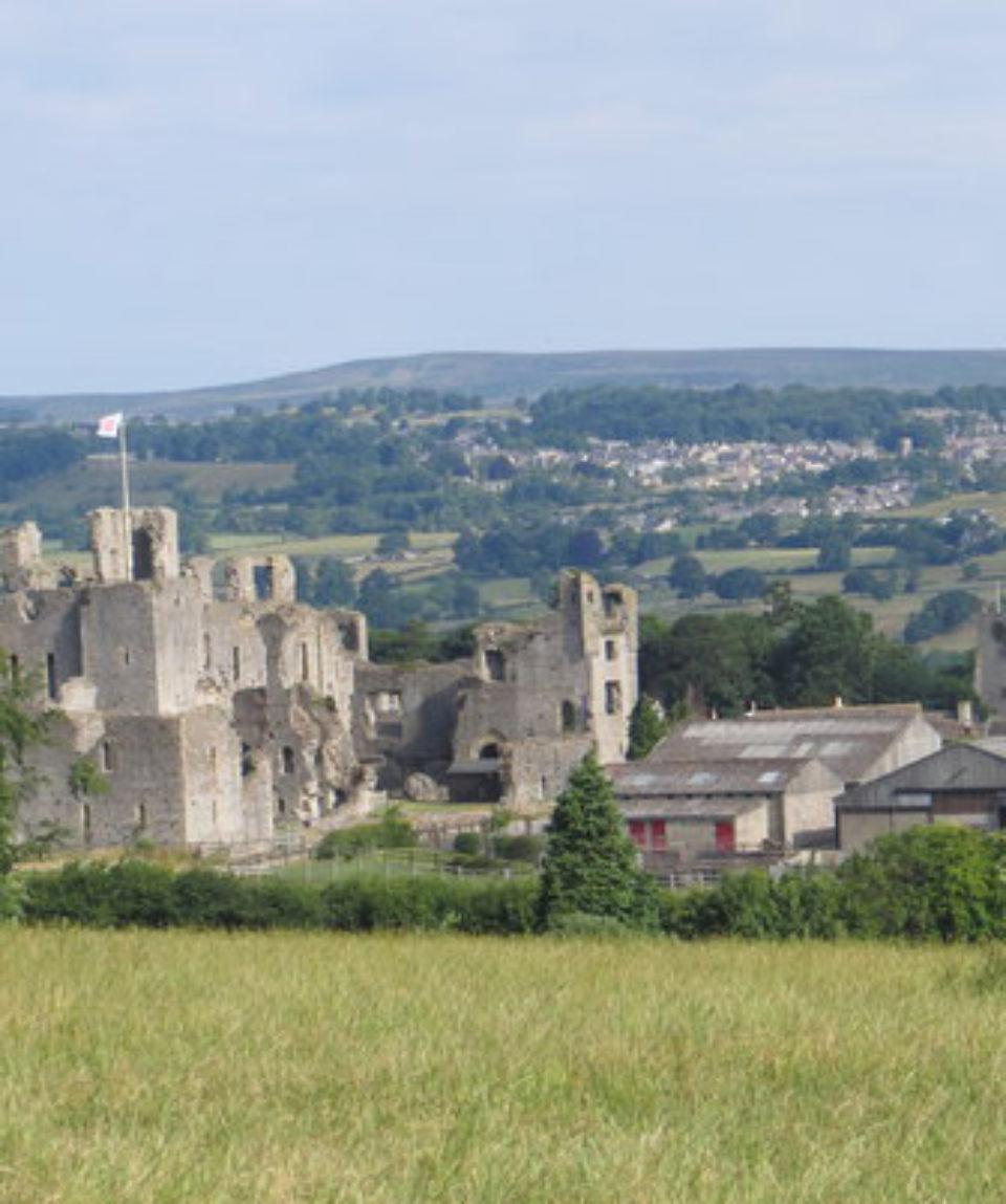 middleham-castle